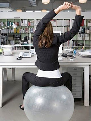 pg-weight-exercise-at-work-05-full